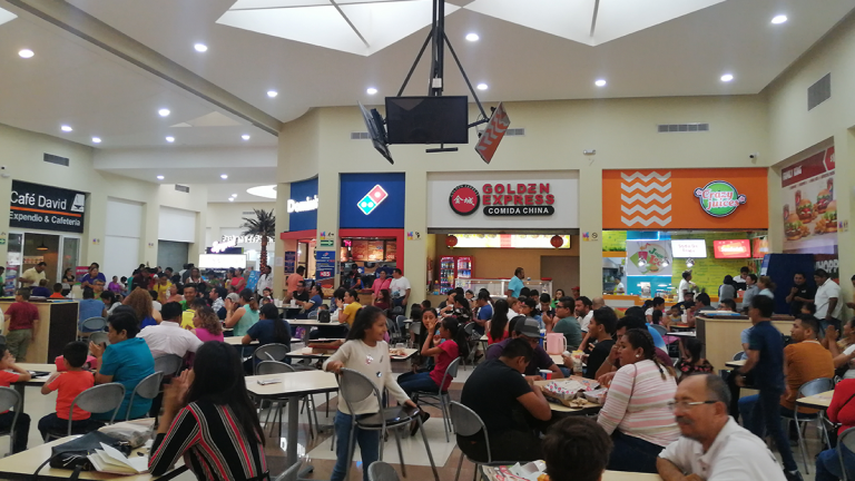 Gourmet-Plaza-Las-Flores-Tonalá